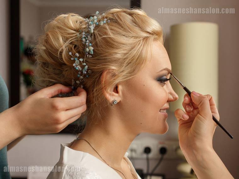 انتخاب-بهترین-آرایشگر-عروس