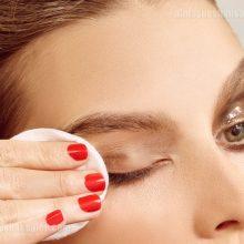 نحوه صحیح و اصولی پاک کردن آرایش چشم
